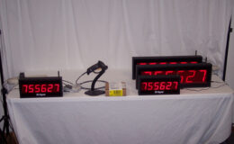 Wireless bar code scan and display system with store and forward data transmission